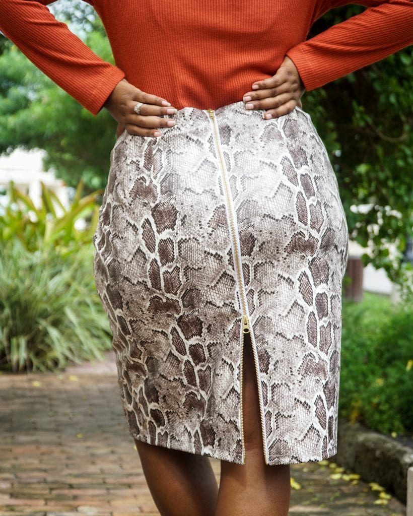 Sew Your Own Outfit - MCCALLS M7983 PATTERN REVIEW